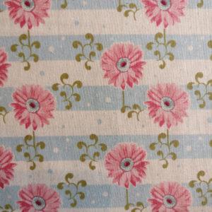 Tilda, Patchwork stof i 100% bomuld, blå/hvide striber med blomster