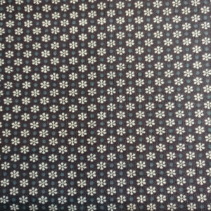 Patchwork stof i 100% bomuld, Mørk blå med små blomster