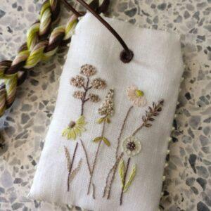 Tille's, Lavendelmærke med vilde blomster